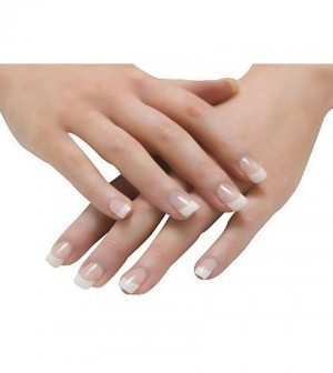 What Is The Difference Between Gel And Acrylic Nail Extensions