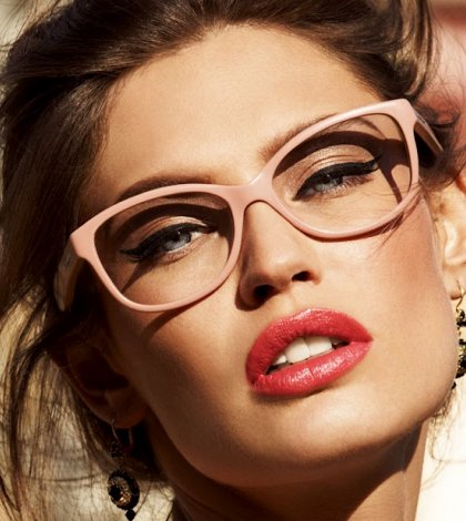 Makeup Tips For Girls With Spectacles