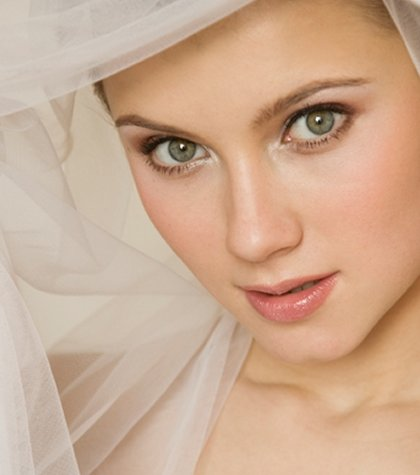 Easy Bridal Makeup Steps : Simple Wedding Makeup Guidelines Finesse Corner